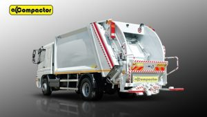 Refuse Compactor Truck